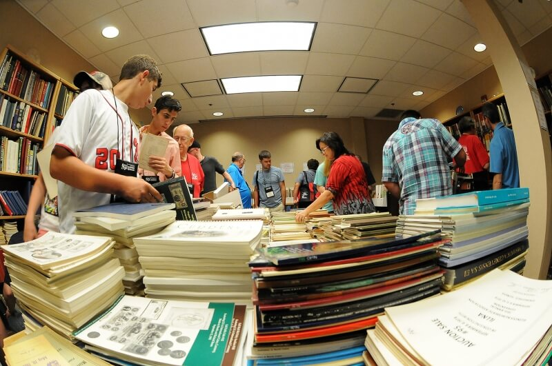 summer seminar book sale