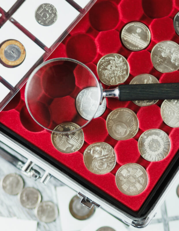 blog 2 coin case magnifying glass